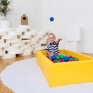 Igralni bazen z žogami
